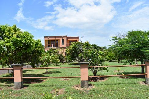 Nicaragua+Real+estate+Granada+Vista+lagos+Casa+Colorado (3)