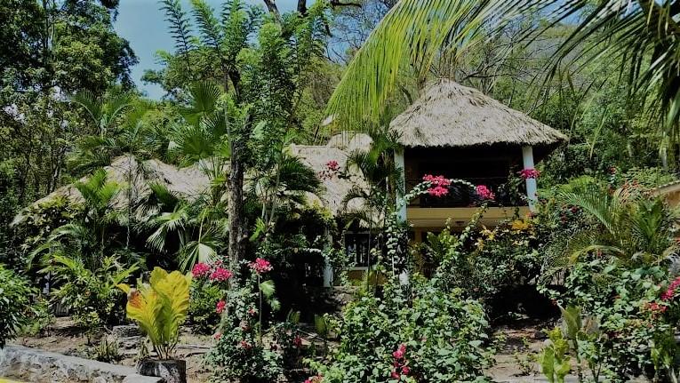Apoyo-laguna-Nicaragua-home-for-sale (1)