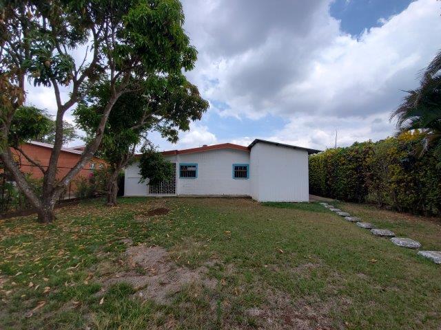 Jinotepe-home-for-sale-Nicaragua (16)