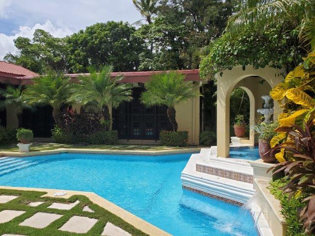 Real-Estate-Nicaragua-Managua-Casa-venta-Pool (179) - Copy