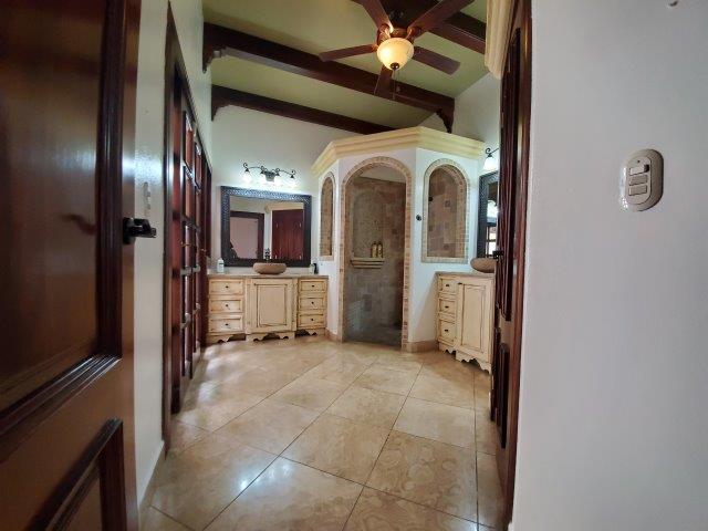 Real-Estate-Nicaragua-Managua-Casa-venta-Pool (69) - Copy