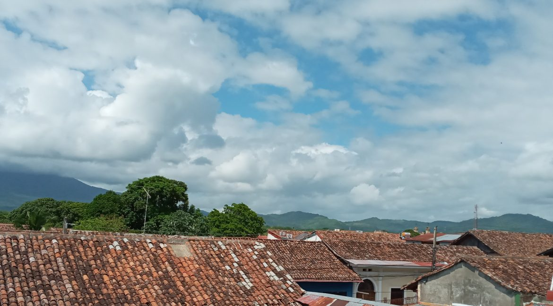 Se-vende-casa-colonial-granada-nicaragua (21)