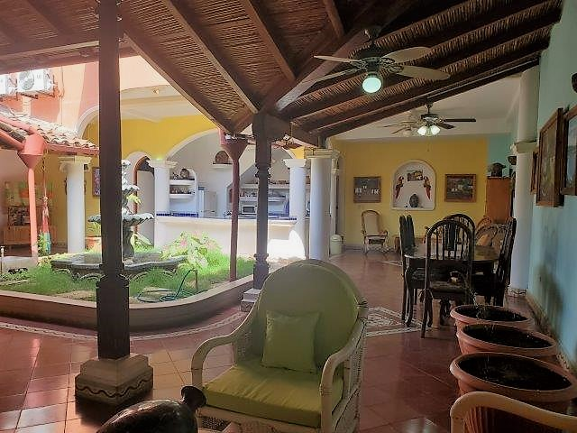 colonial-home-for-sale-granada-nicaragua
