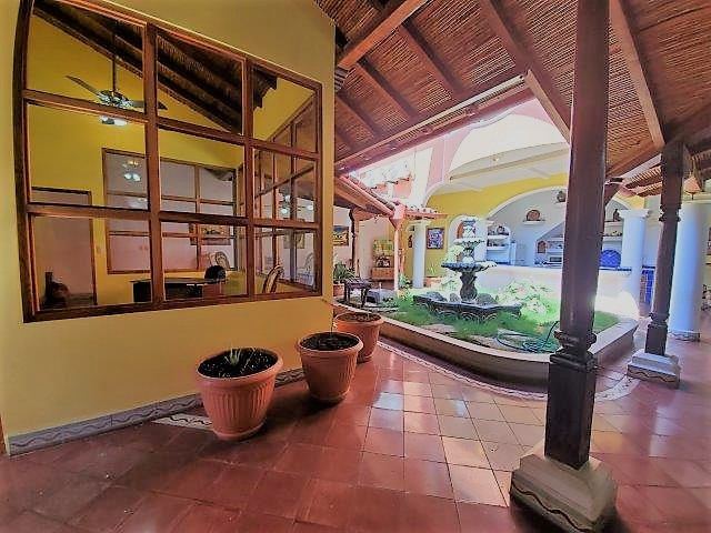 colonial-home-for-sale-granada-nicaragua (14)