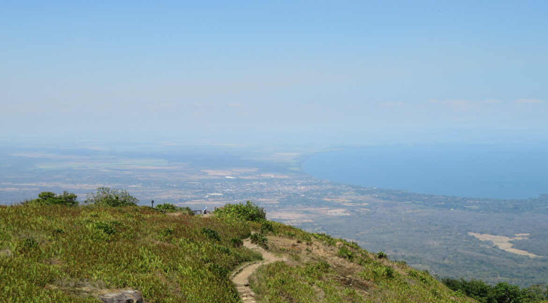 Nicaragua-mombacho-view-granada